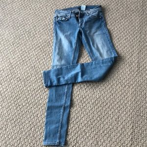 H&M light blue denim stretch skinny jeans 29/32